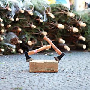 wie spitzt man einen weihnachtsbaum an weihnachtsbaum online. Black Bedroom Furniture Sets. Home Design Ideas